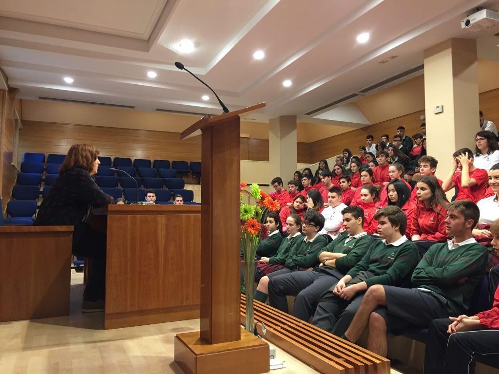 Charla en el Colegio Calasancio, en Madrid.